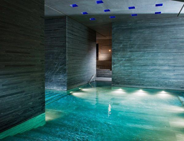 Im Innern der Therme Vals, Foto: Global Image Creation – 7132 Hotel, Vals