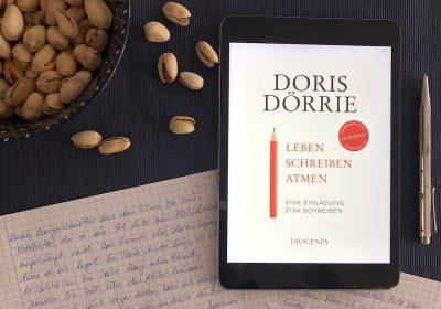 Titelbild zur Aktion #lebenschreibenatmen zur Veröffentlichung des gleichnamigen Buchs von Doris Dörrie